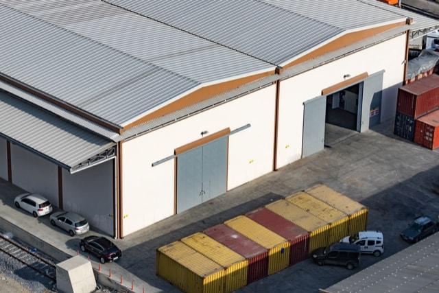 industrial-warehouse-roofing-tasks-min